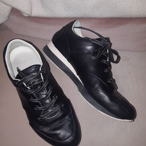 MaxMara black leather sporting shoes 37